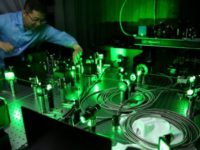 Новый китайский лазер, мощностью 100 петаватт, начнет «взрывать» вакуум к 2023 году