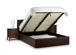 Купить кровать с матрасом недорого